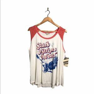 Eyeshadow | NEW 4th Of July Patriotic Flowy Shirt